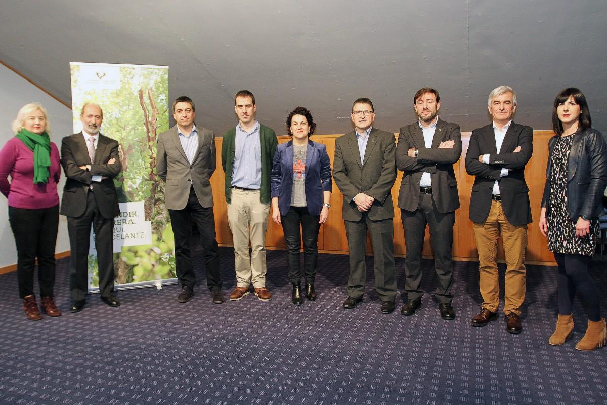 El recién constituido Consejo Asesor del programa Entreprenari se reúne por vez primera en la UPV/EHU